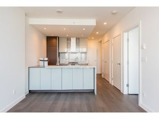 """Photo 8: 3207 4670 ASSEMBLY Way in Burnaby: Metrotown Condo for sale in """"Station Square"""" (Burnaby South)  : MLS®# R2320659"""