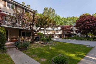 """Photo 3: 17 10000 VALLEY Drive in Squamish: Valleycliffe Townhouse for sale in """"VALLEY VIEW PLACE"""" : MLS®# R2580745"""