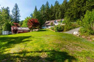Photo 2: 23665 AMERICAN CREEK Road in Hope: Hope Center House for sale : MLS®# R2575914