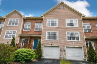 Photo 1: 289 Rutledge Street in Bedford: 20-Bedford Residential for sale (Halifax-Dartmouth)  : MLS®# 202113819