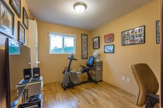 """Photo 9: 18364 63A Avenue in Surrey: Cloverdale BC House for sale in """"Don Christian Elem Area"""" (Cloverdale)  : MLS®# R2151811"""