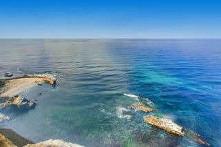 Photo 2: Condo for sale : 2 bedrooms : 939 Coast Blvd #21DE in La Jolla