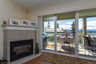Photo 8: 504 2275 Comox Ave in : CV Comox (Town of) Condo for sale (Comox Valley)  : MLS®# 863475