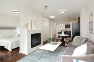 """Photo 2: 407 538 SMITHE Street in Vancouver: Downtown VW Condo for sale in """"The Mode"""" (Vancouver West)  : MLS®# R2610954"""