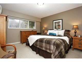 Photo 12: 14624 106TH AV in Surrey: Guildford House for sale (North Surrey)  : MLS®# F 1403182