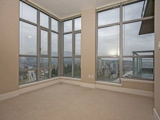 "Photo 12: 2702 3008 GLEN Drive in Coquitlam: North Coquitlam Condo for sale in ""M2"" : MLS®# R2080849"
