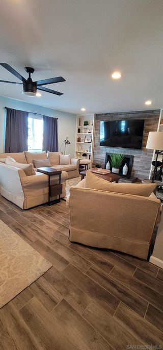 Photo 10: SPRING VALLEY House for sale : 4 bedrooms : 10067 Diversion Dr