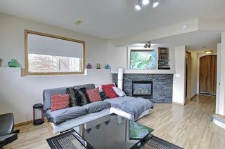 Photo 2: 37 Everstone Avenue SW in Calgary: Evergreen Detached for sale : MLS®# A1102221
