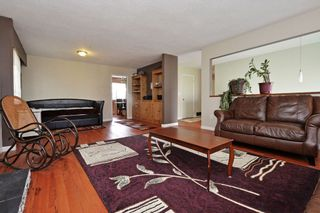 Photo 3: 1958 WILTSHIRE Avenue in Coquitlam: Cape Horn House for sale : MLS®# R2037803