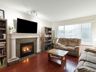 Photo 2: A 3638 TYEE DRIVE in CAMPBELL RIVER: CR Willow Point Half Duplex for sale (Campbell River)  : MLS®# 835593