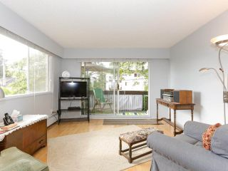 """Photo 4: 205 910 FIFTH Avenue in New Westminster: Uptown NW Condo for sale in """"Grosvenor Court"""" : MLS®# R2426702"""