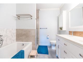 """Photo 15: 411 2020 SE KENT Avenue in Vancouver: South Marine Condo for sale in """"Tugboat Landing"""" (Vancouver East)  : MLS®# R2418347"""