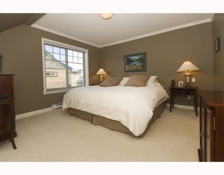 """Photo 6: 11 222 E 5TH Street in North_Vancouver: Lower Lonsdale Townhouse for sale in """"BURHAM COURT"""" (North Vancouver)  : MLS®# V698484"""