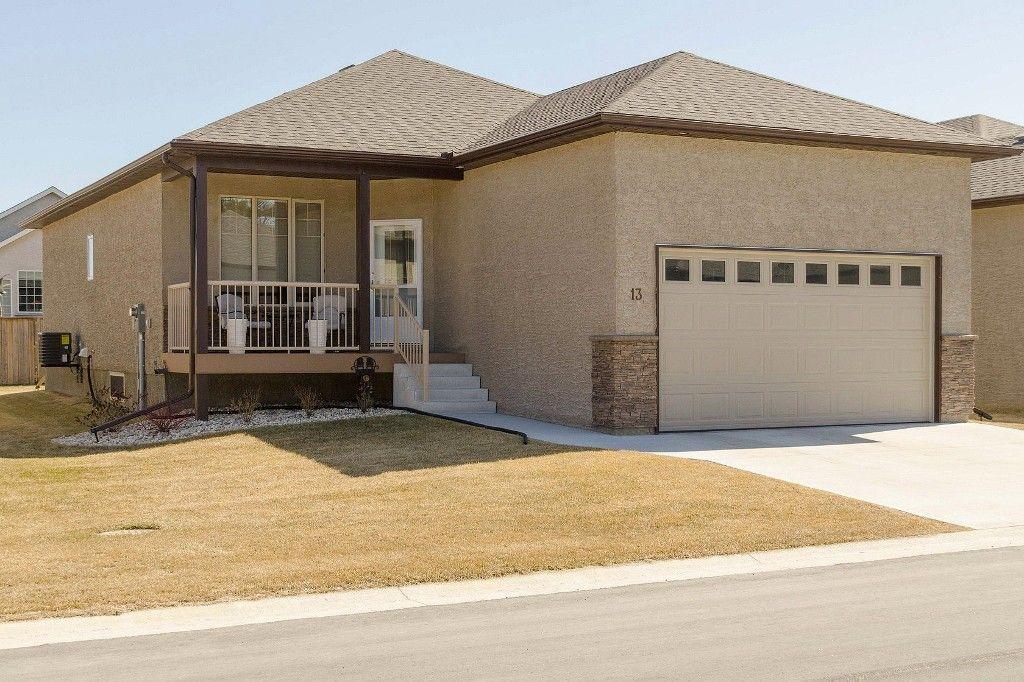 Main Photo: 13 Aspen Villa Drive in Oakbank: Single Family Detached for sale : MLS®# 1509141