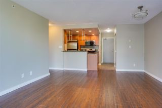 """Photo 5: 305 550 PACIFIC Street in Vancouver: Yaletown Condo for sale in """"AQUA AT THE PARK"""" (Vancouver West)  : MLS®# R2580655"""