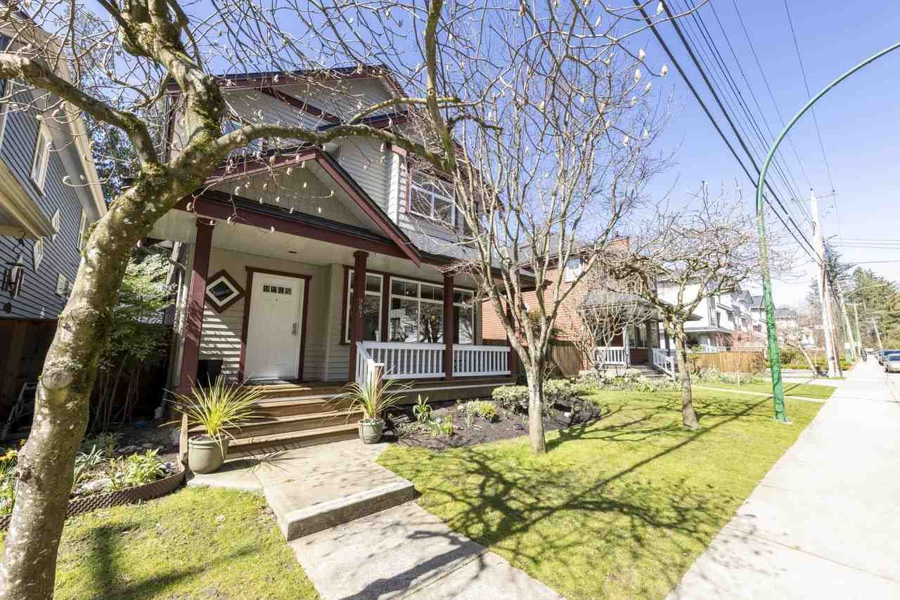 """Main Photo: 987 PREMIER Street in North Vancouver: Lynnmour House for sale in """"Lynmour"""" : MLS®# R2561658"""
