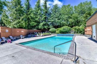 """Photo 19: 1202 10620 150 Street in Surrey: Guildford Townhouse for sale in """"Lincoln's Gate"""" (North Surrey)  : MLS®# R2187176"""