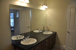 """Photo 14: 972 W 58TH Avenue in Vancouver: South Cambie Townhouse for sale in """"Churchill Gardens"""" (Vancouver West)  : MLS®# R2045472"""