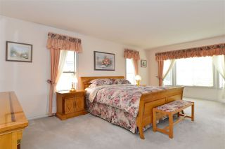 """Photo 17: 13669 58 Avenue in Surrey: Panorama Ridge House for sale in """"Panorama"""" : MLS®# R2073217"""