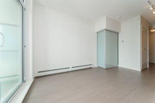 "Photo 4: 2111 13308 CENTRAL Avenue in Surrey: Whalley Condo for sale in ""Evolve"" (North Surrey)  : MLS®# R2403859"
