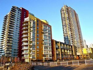 """Photo 18: 2207 33 SMITHE Street in Vancouver: Yaletown Condo for sale in """"COOPERS LOOKOUT"""" (Vancouver West)  : MLS®# R2106492"""