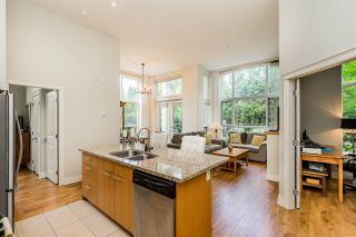 "Photo 5: 111 2970 KING GEORGE Avenue in Surrey: King George Corridor Condo for sale in ""Watermark"" (South Surrey White Rock)  : MLS®# R2467675"