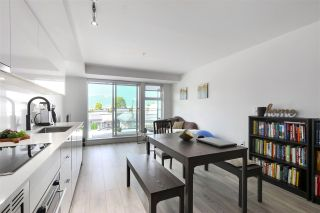 """Photo 1: 210 630 E BROADWAY in Vancouver: Mount Pleasant VE Condo for sale in """"MIDTOWN MODERN"""" (Vancouver East)  : MLS®# R2466834"""