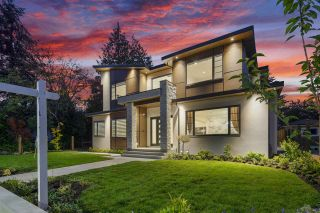 Photo 3: 6823 ADAIR Street in Burnaby: Montecito House for sale (Burnaby North)  : MLS®# R2520916