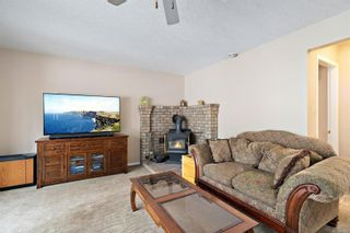 Photo 15: 3820 Cardie Crt in : SW Strawberry Vale House for sale (Saanich West)  : MLS®# 865975