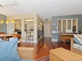 Photo 5: 216 1366 Hillside Ave in VICTORIA: Vi Oaklands Condo for sale (Victoria)  : MLS®# 740930