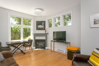 """Photo 4: 103 2588 ALDER Street in Vancouver: Fairview VW Condo for sale in """"BOLLERT PLACE"""" (Vancouver West)  : MLS®# R2304229"""