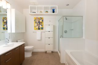 """Photo 15: 411 1182 W 16TH Street in North Vancouver: Norgate Condo for sale in """"The Drive 2"""" : MLS®# R2376590"""