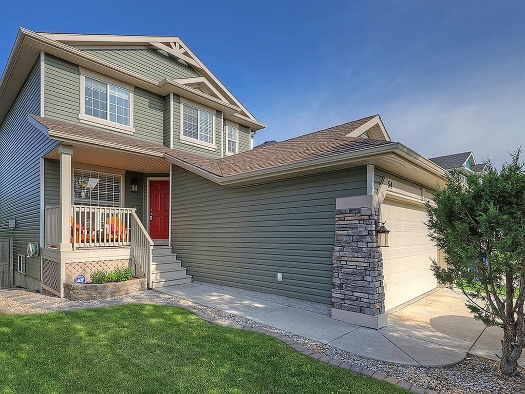Main Photo: 54 BRIDLEPOST Green SW in Calgary: Bridlewood Detached for sale : MLS®# C4258811