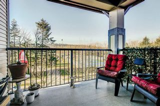"Photo 13: 415 2468 ATKINS Avenue in Port Coquitlam: Central Pt Coquitlam Condo for sale in ""The Bordeaux"" : MLS®# R2332654"