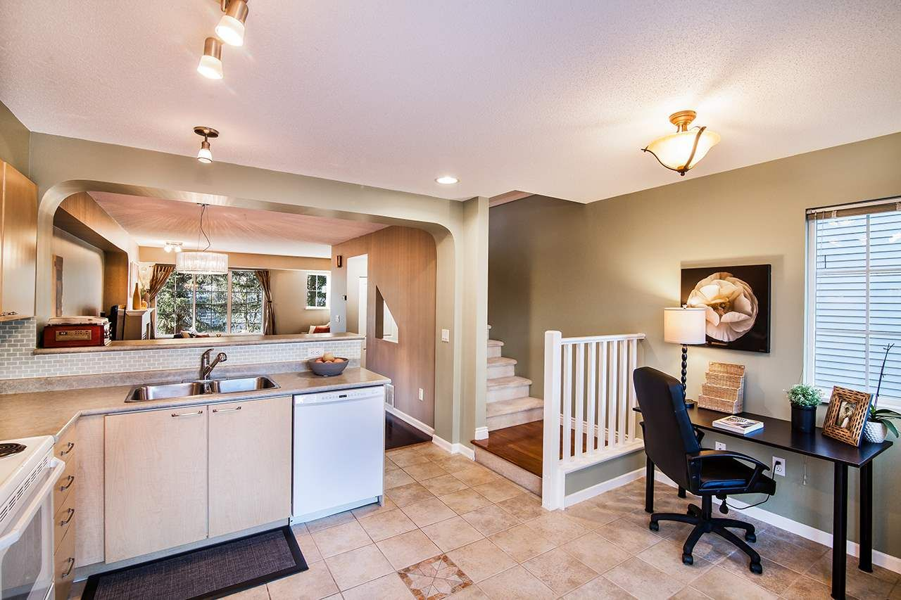 """Photo 10: Photos: 83 12778 66 Avenue in Surrey: West Newton Townhouse for sale in """"Hathaway Village"""" : MLS®# R2130241"""