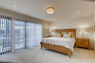 Photo 9: LA JOLLA Townhouse for sale : 2 bedrooms : 6637 La Jolla Blvd