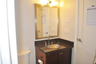 """Photo 15: 1308 1 RENAISSANCE Square in New Westminster: Quay Condo for sale in """"QUAY"""" : MLS®# R2234091"""