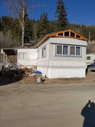Photo 1: 65 560 SODA CREEK Road in Williams Lake: Williams Lake - Rural North Manufactured Home for sale (Williams Lake (Zone 27))  : MLS®# R2445426