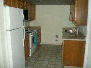 Photo 4: 301 5477 WHARF Road in Sechelt: Sechelt District Condo for sale (Sunshine Coast)  : MLS®# V611900