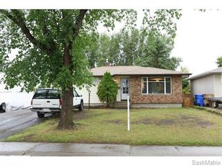 Photo 3: 1026 DOROTHY Street in Regina: Normanview West Single Family Dwelling for sale (Regina Area 02)  : MLS®# 544219