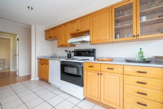 """Photo 5: 601 31 ELLIOT Street in New Westminster: Downtown NW Condo for sale in """"ROYAL ALBERT TOWERS"""" : MLS®# R2529707"""