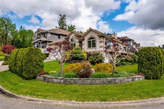 """Photo 3: 7978 WEATHERHEAD Court in Mission: Mission BC House for sale in """"COLLEGE HEIGHTS"""" : MLS®# R2579049"""