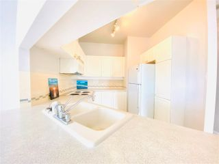 """Photo 8: 2301 6188 PATTERSON Avenue in Burnaby: Metrotown Condo for sale in """"THE WIMBELDON CLUB"""" (Burnaby South)  : MLS®# R2580612"""