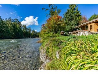 "Photo 5: 49032 SHELDON Road in Chilliwack: Chilliwack River Valley House for sale in ""Bell Acres"" (Sardis)  : MLS®# R2556120"