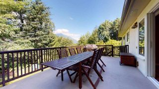 """Photo 15: 38151 CLARKE Drive in Squamish: Hospital Hill House for sale in """"Hospital Hill"""" : MLS®# R2478127"""