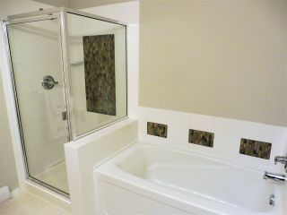 """Photo 18: 100 100 KLAHANIE Drive in Port Moody: Port Moody Centre Townhouse for sale in """"INDIGO"""" : MLS®# R2545285"""