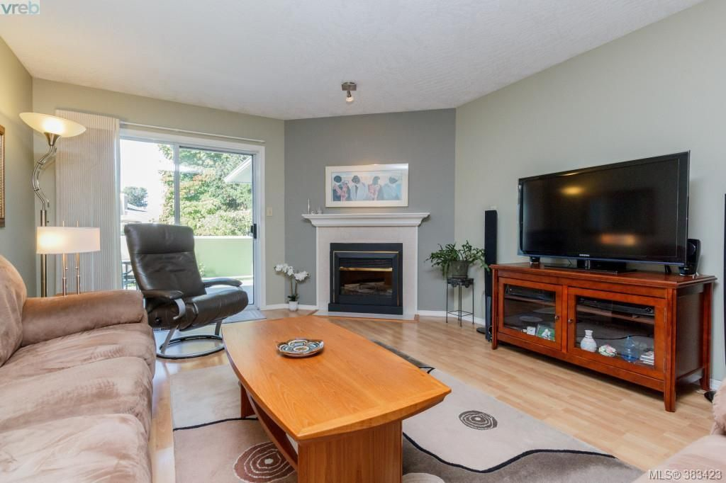 Photo 2: Photos: 20 3049 Brittany Dr in VICTORIA: Co Sun Ridge Row/Townhouse for sale (Colwood)  : MLS®# 770629