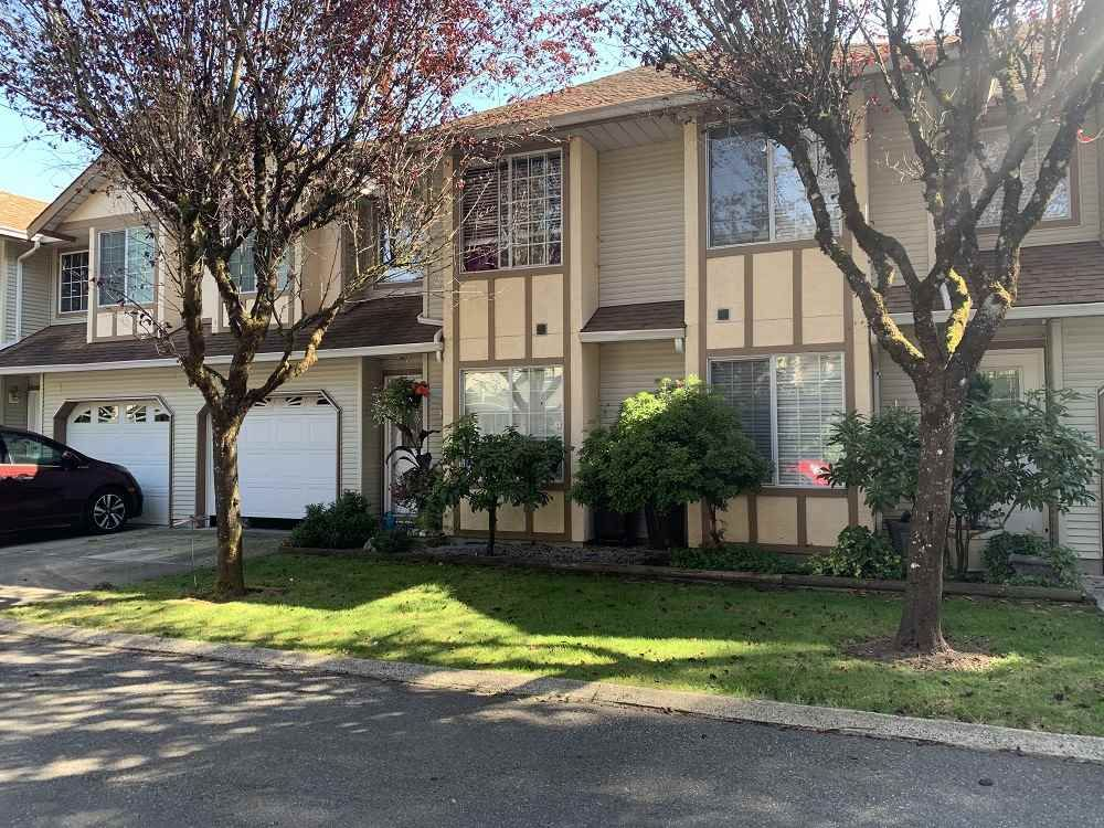 Main Photo: 14 21409 DEWDNEY TRUNK ROAD in Maple Ridge: West Central Townhouse for sale : MLS®# R2482890