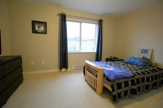 """Photo 10: 37 7938 209 Street in Langley: Willoughby Heights Townhouse for sale in """"Red Maple Park"""" : MLS®# R2338370"""