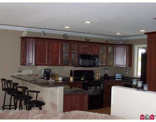 Photo 3: Photos: 8526 UNITY Drive in Chilliwack: Eastern Hillsides House for sale : MLS®# H2702575